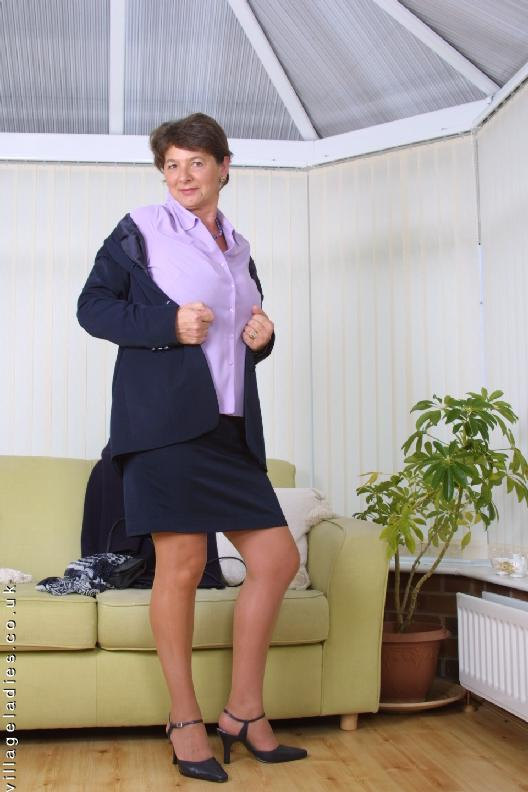 Mature Village Ladies Hillary | Free Download Nude Photo Gallery
